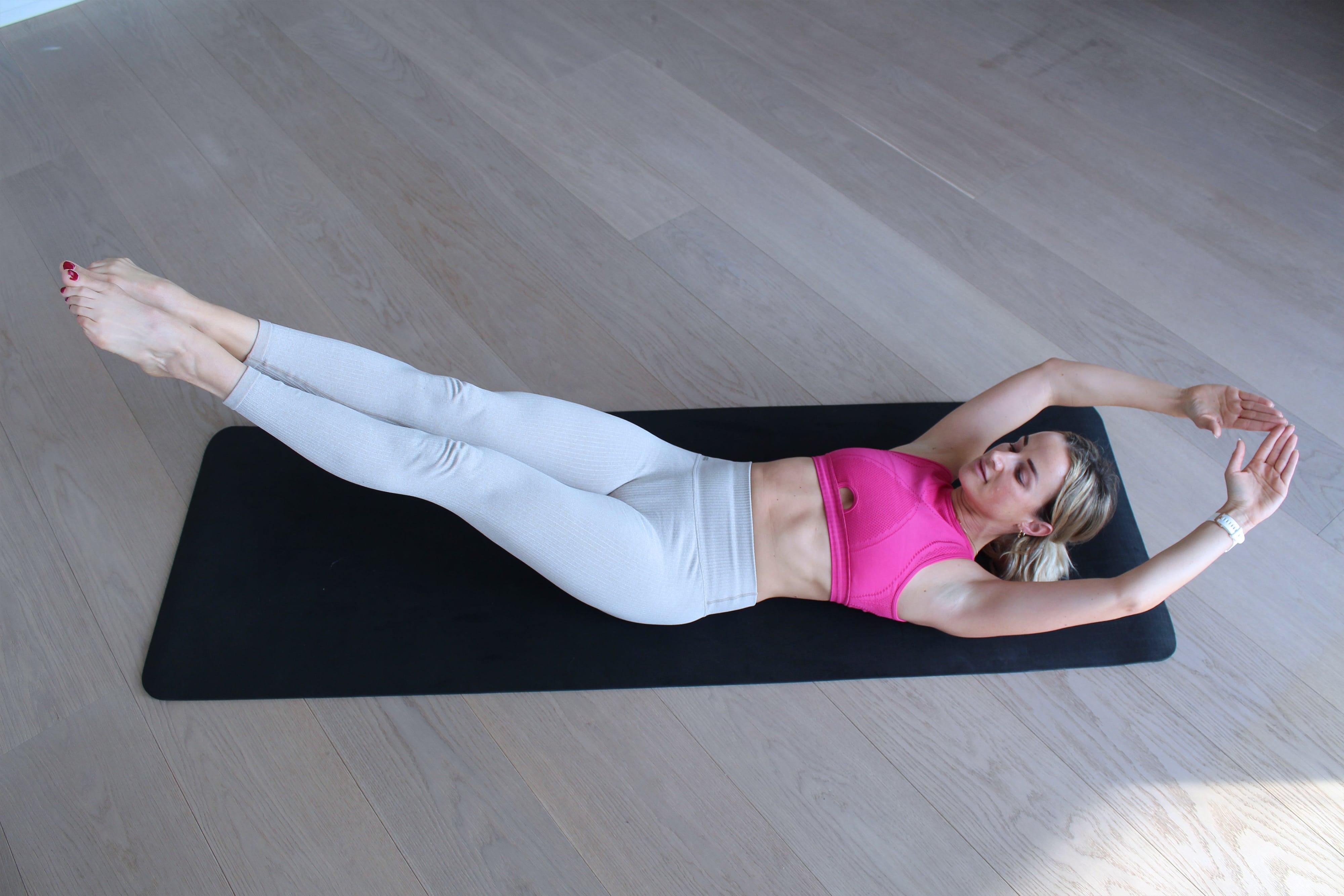 Bauch Übungen City Outlet Blog menafit Fullbody Crunch gestreckt