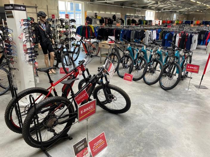 City Outlet Pasching Sportabteilung E-Bikes