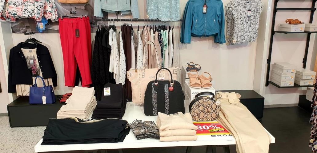 City Outlet Wels West Modeabteilung Damen