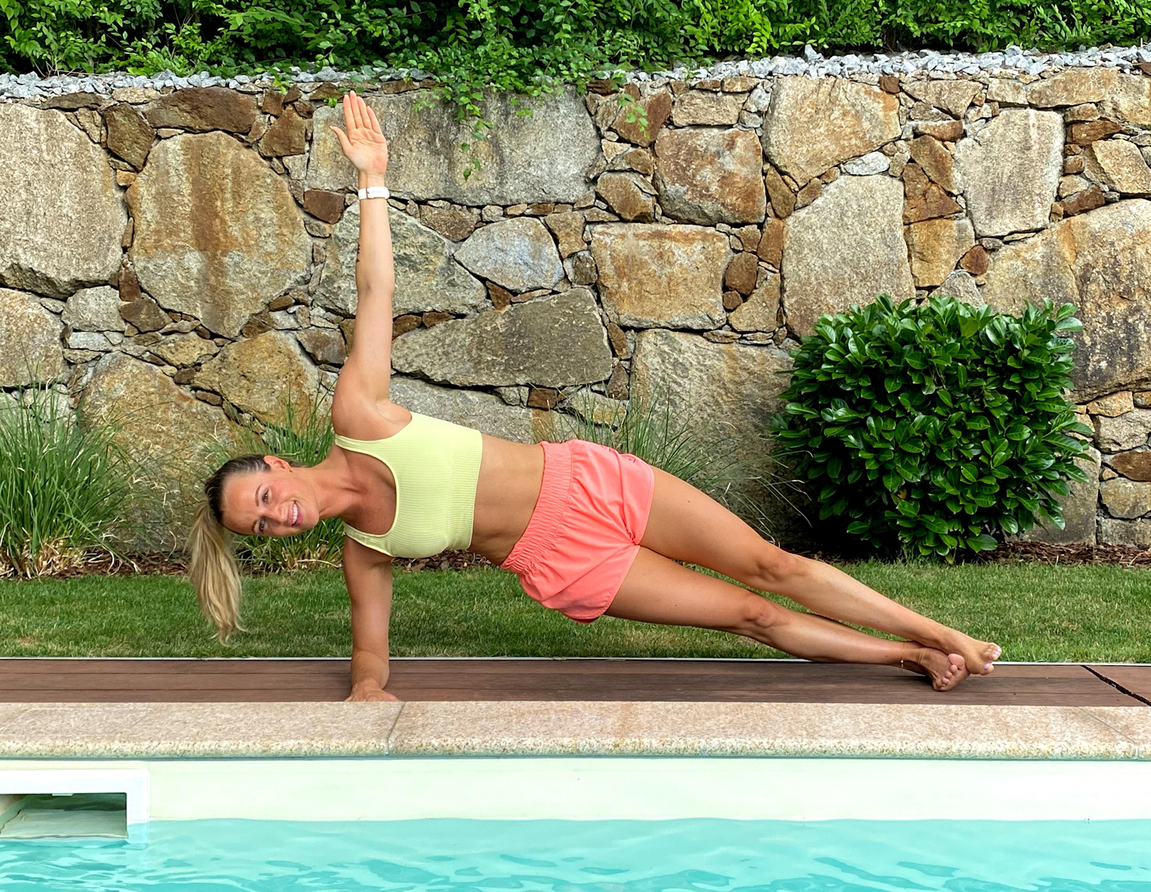 Bikinifigur City Magdalena Henkel menafit Side Plank Leg Lift Ausgangsposition